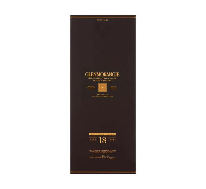 Glenmorangie Signet Highland Single Malt Scotch Whisky in Wooden Gift Box (1 x 750 ml)