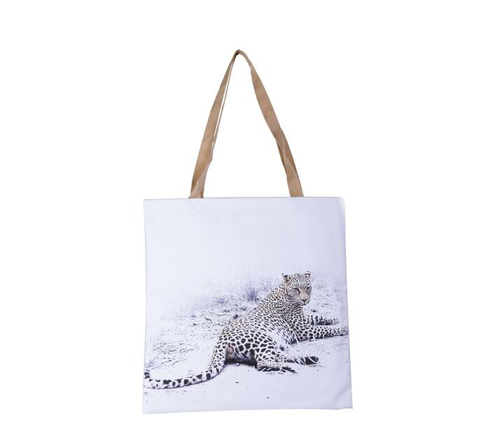 Tote Bag with Leopard wildlife print.