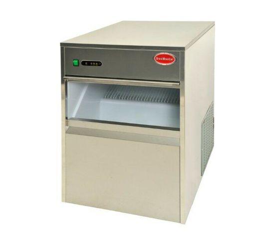 Snomaster 26 kg Semi-Commercial Plumbed-In Ice Maker