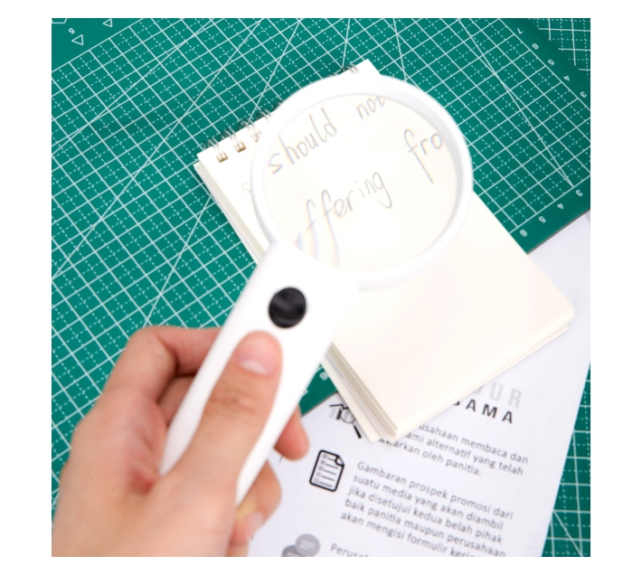Deli Stationery Magnifier Magnification:3.5X White